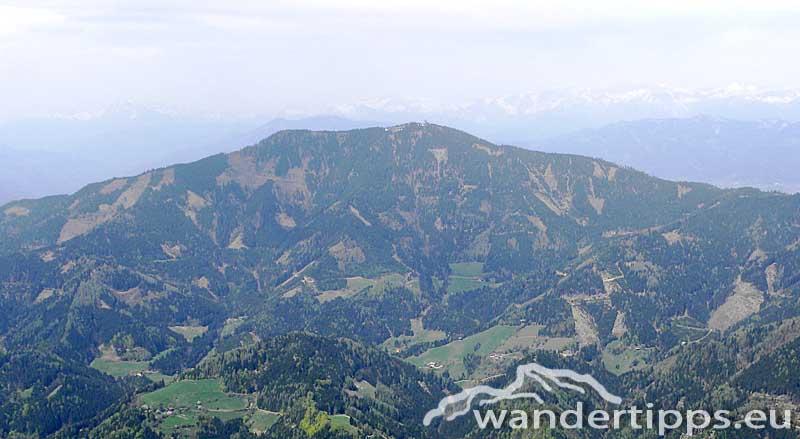 Rennfeld - Wunderbare Aussicht vom nordwestlichsten